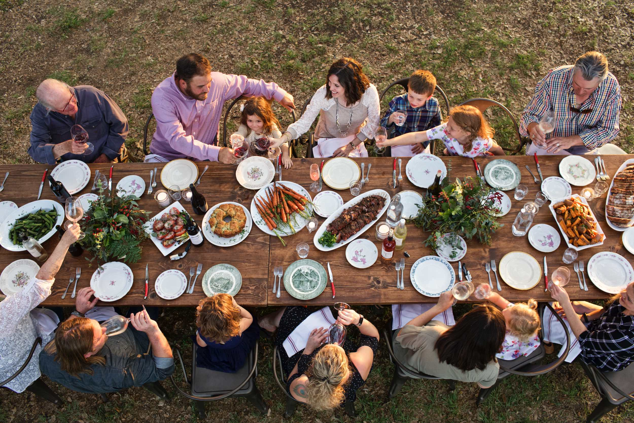Jody Horton Photography - Outdoor dinner spread.