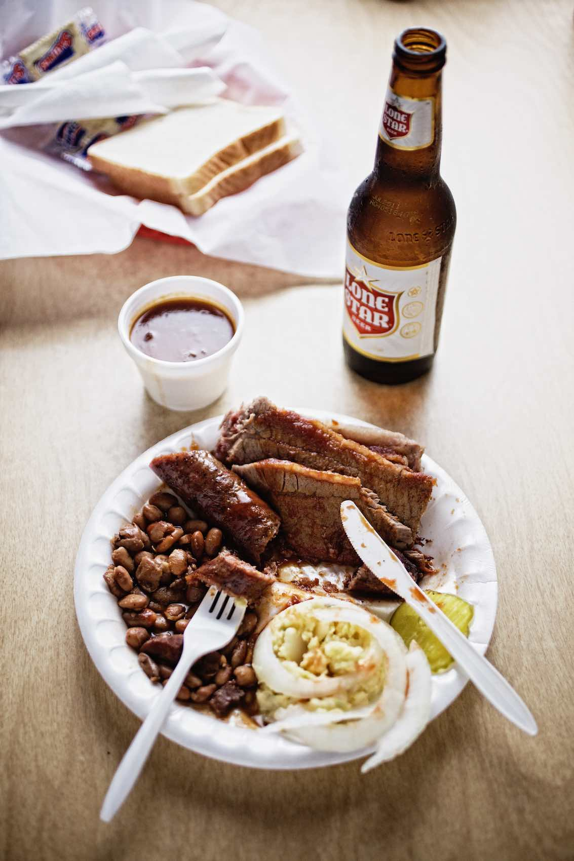 Jody Horton Photography - Barbecue plate and bottled Lonestar Beer.