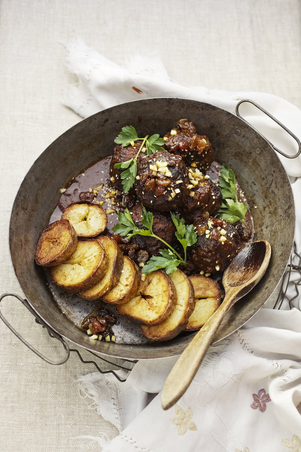 Jody Horton Photography - Meat balls and potatoes with herbs.